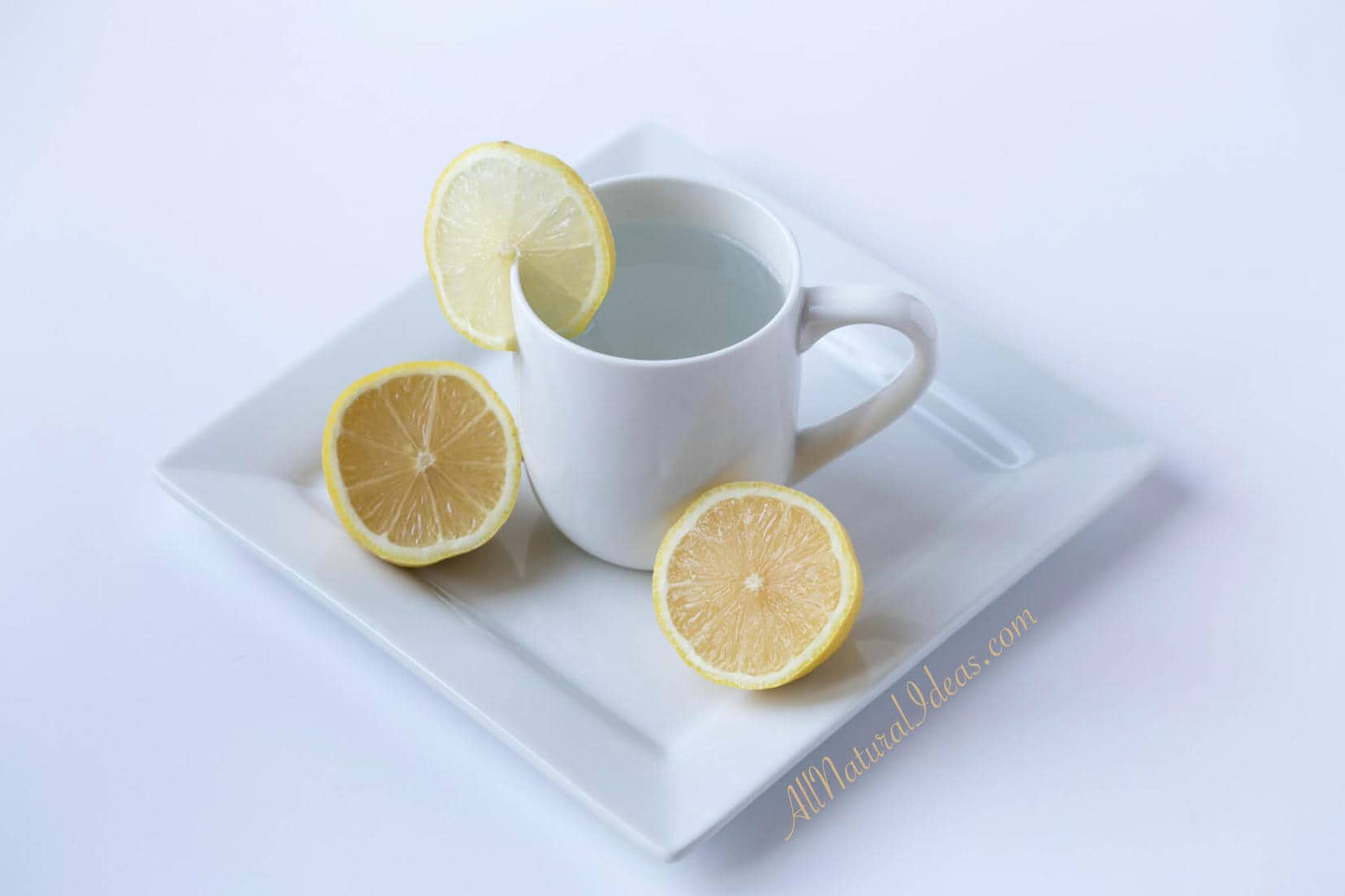 Have you heard of morning lemon water benefits? There are several benefits of drinking lemon water each morning. Try this easy drink to start off your day!