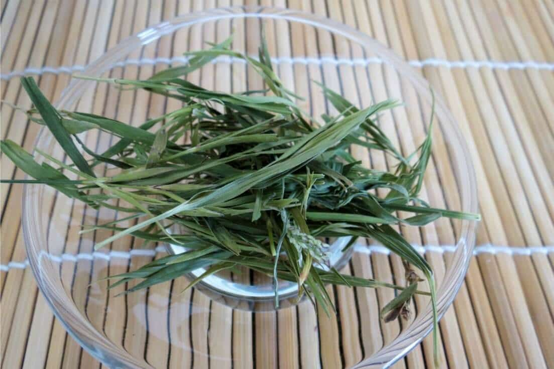 A lot of people are drinking bamboo leaf tea for stronger hair and nails. Does it work? And, are there other bamboo tea benefits that could improve health? width=