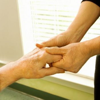 Essential Oils For Arthritis: How To Use Them for Pain