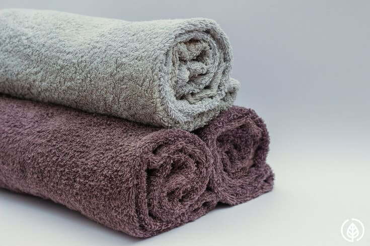 rolled bath towels
