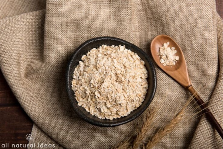 oatmeal in bowl and spoon